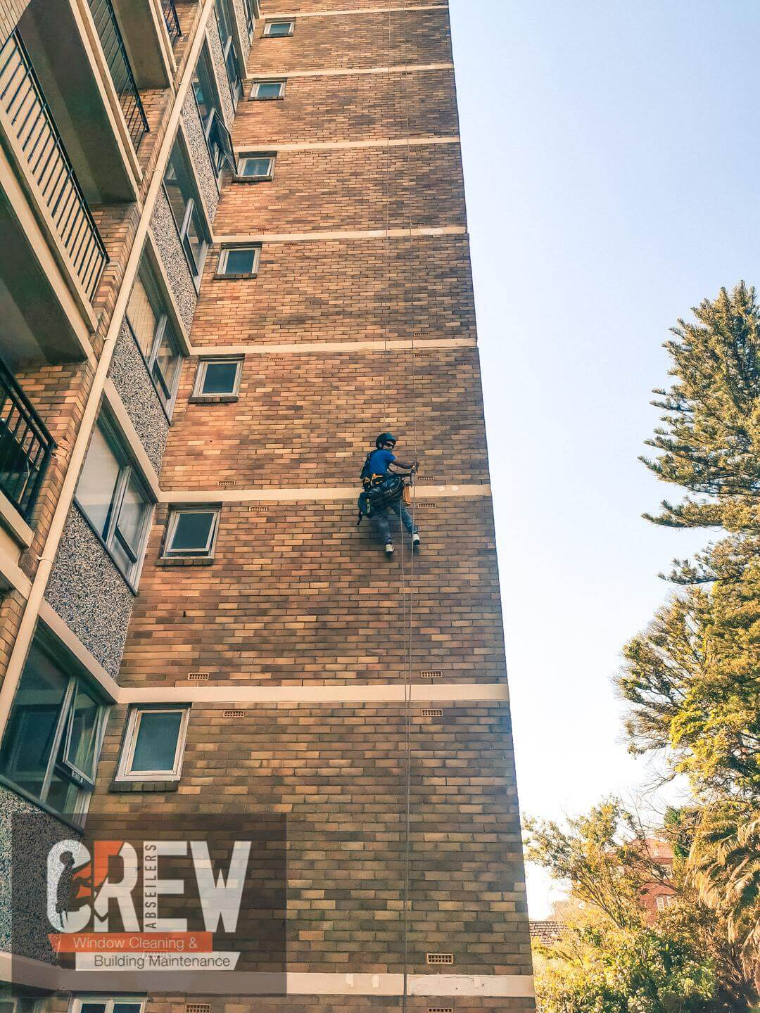 Abseiling Painting Service